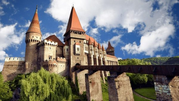 Corvinesti Castle seen in these Romania Tours from Budapest