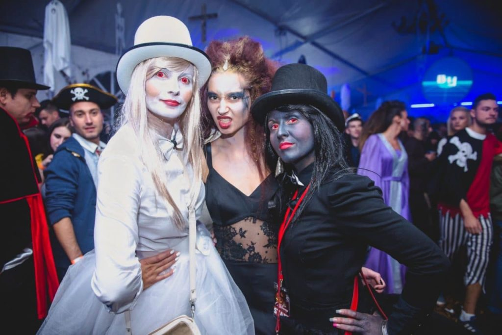 Dracula's Castle Halloween party-escorted tours to Transylvania