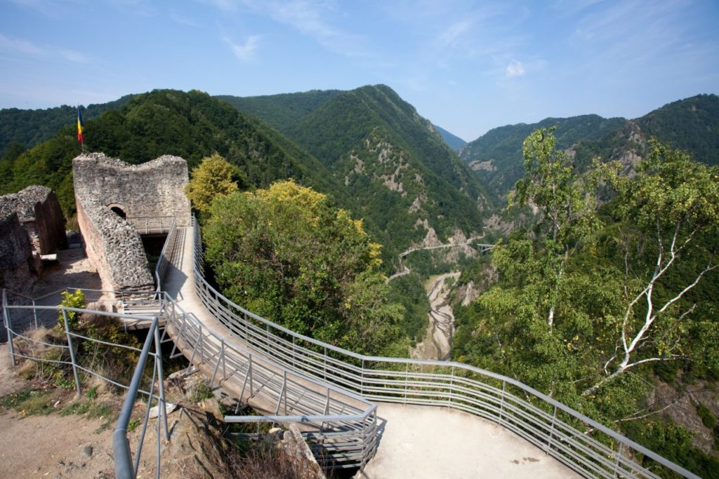 Poenari Citadel -escorted tours to Romania