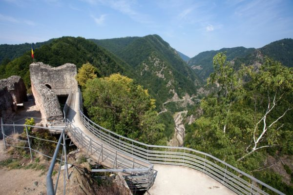 Poenari Citadel - Private tours of Romania