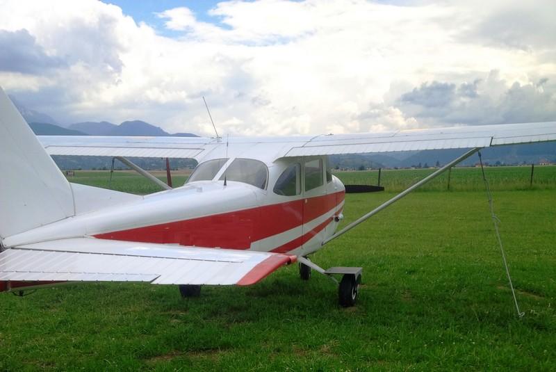 airplane flight in brasov